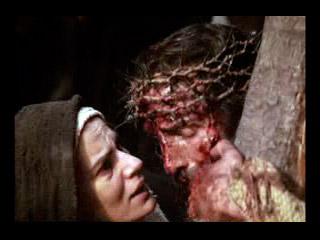 Jesús encuentra a su Santísima Madre.