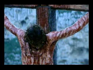 Jesús muere en la cruz.