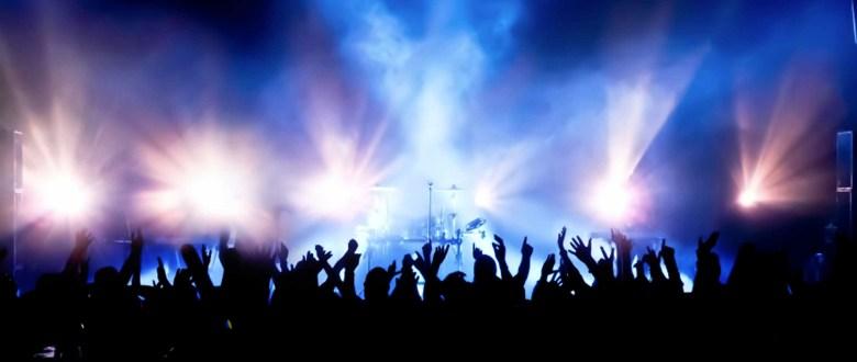concert-crowd-crop