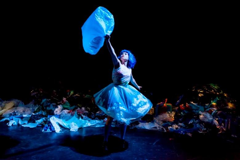 Alex au pays des poubelle - Bélgica_credito_Charlotte Sampermans