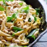 Healthy Vegetable Pad Thai {w/peanuts & cilantro}