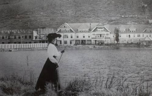 a1sx2_Original1_AC-hot-lake-hotel