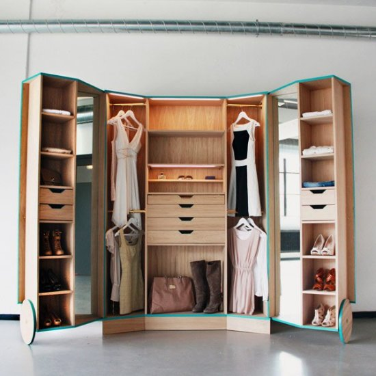 Minimalist-and-Functional-Closet-Featuring-Spacious-Storage