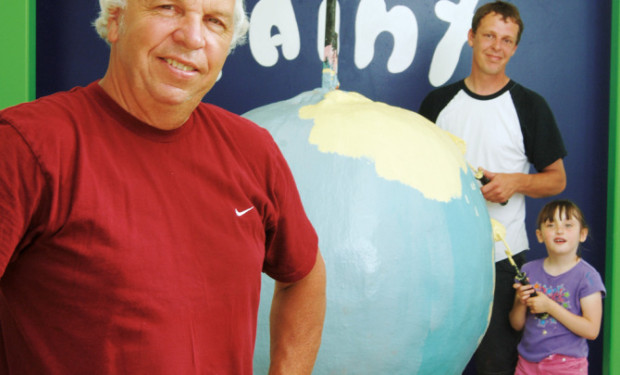 largest ball of paint