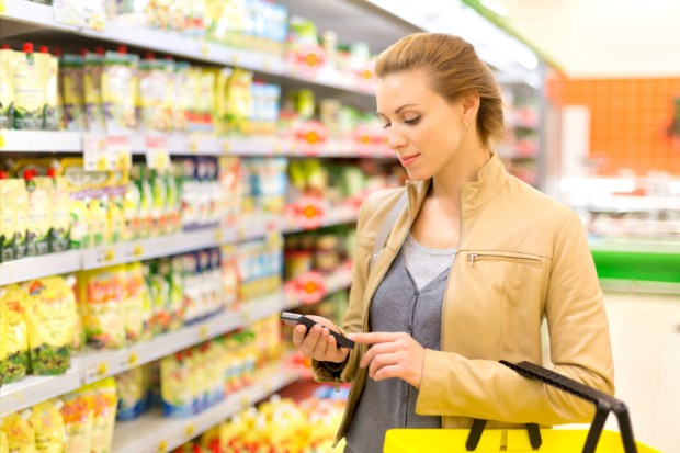 iStock_Grocery-Shopping-App-Small