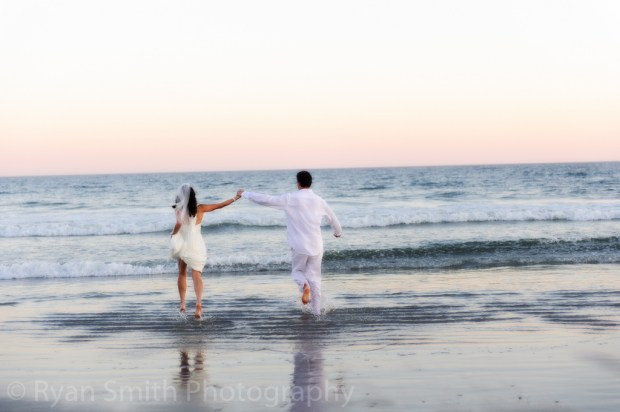 crazy weddings: beach wedding