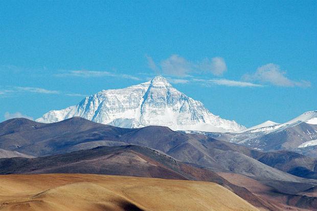 Wikimedia Commons/Joe Hastings Mt. Everest