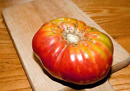 1-brandywine-tomato.jpg
