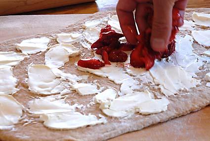 2-cream-cheese-and-strawberries
