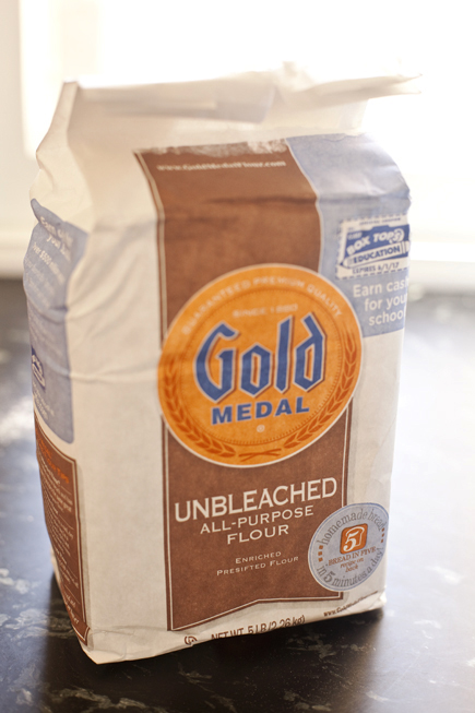 Gold Medal Flour with Breadin5