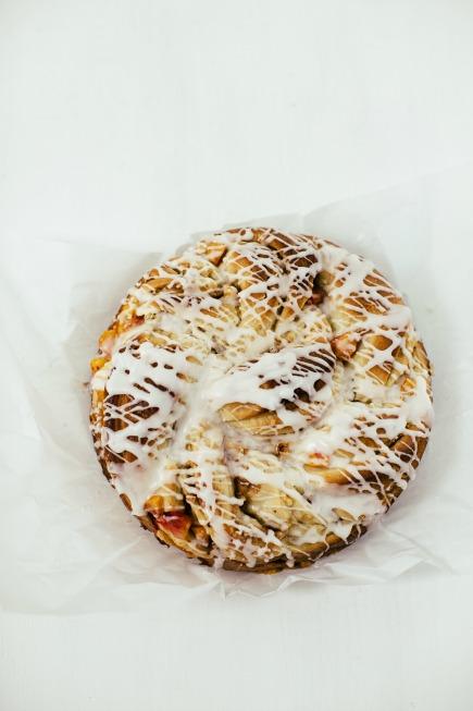 apple-peach brioche cake