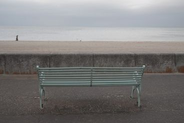 Bench image on porty prom