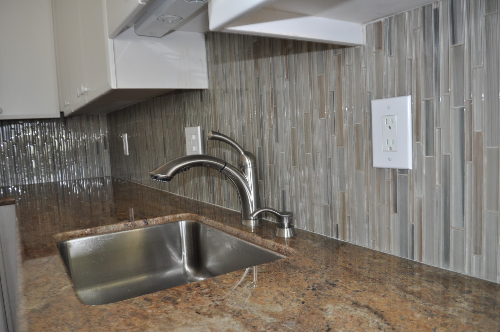 metal glass wall tiles mosaic tile kitchen backsplash Wall Tile Examples and Ideas Marble bath Mosaic Trask Vertical Glass