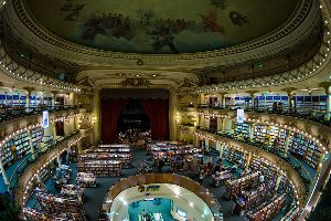 The Best Photos Of The Century-Old Theatre That Became A Bookstore