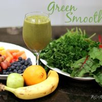Get Your Green Smoothie On {Recipes & a Tip}