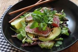Seared Tuna Salad with Miso Dressing