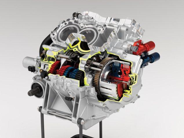 2010 VFR1200 Dual Clutch Transmission Details 2010 Honda VFR1200 dual clutch transmission gearbox 1 635x475