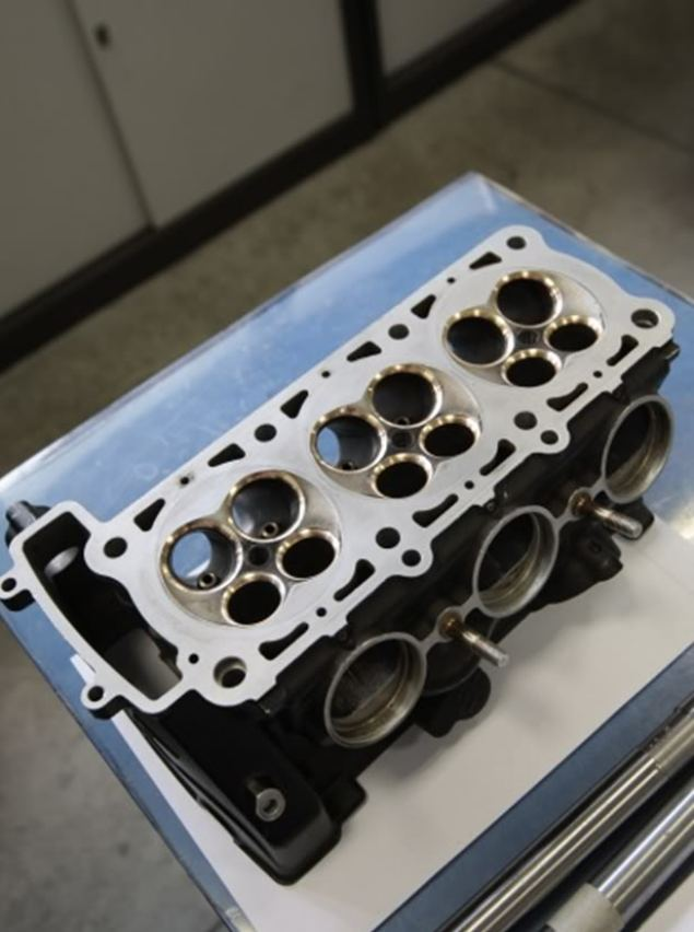 Is This the MV Agusta F3 3 Cylinder Head? mv agusta f3 cylinder head