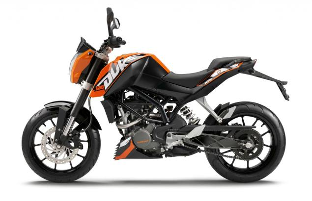 2011 KTM 125 Duke Officially Named KTM 125 Duke orange 4 635x410
