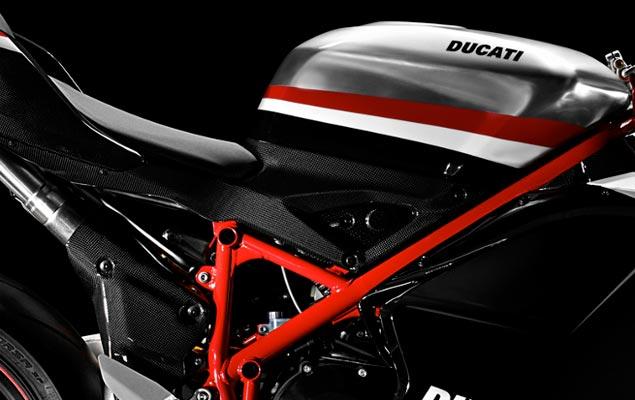 2012 Ducati Superbike: +20 HP/ 20 lbs Ducati 1198 Superbike frame