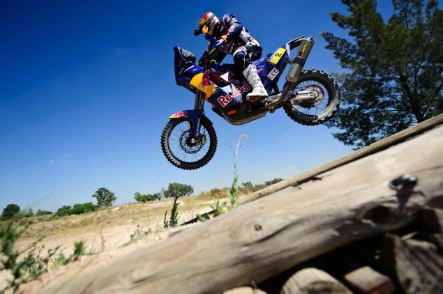 2011 Dakar Rally Starts Tomorrow Cyril Despres KTM Dakar Rally 2 635x422