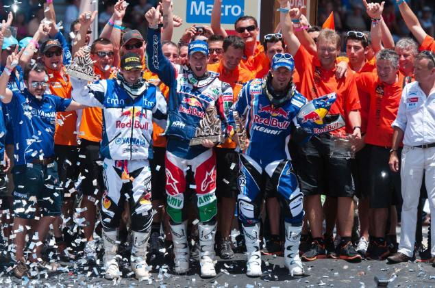 Marc Coma Edges Out Despres for His 3rd Dakar Rally   Brings Home KTMs 10th Consecutive Dakar Victory Marc Coma wins Dakar Rally 20111 635x421