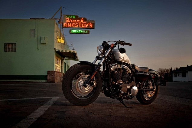 Harley Davidson Lost 36 Dealers in 2010   More to Come 2011 Harley Davidson Forty Eight 635x423