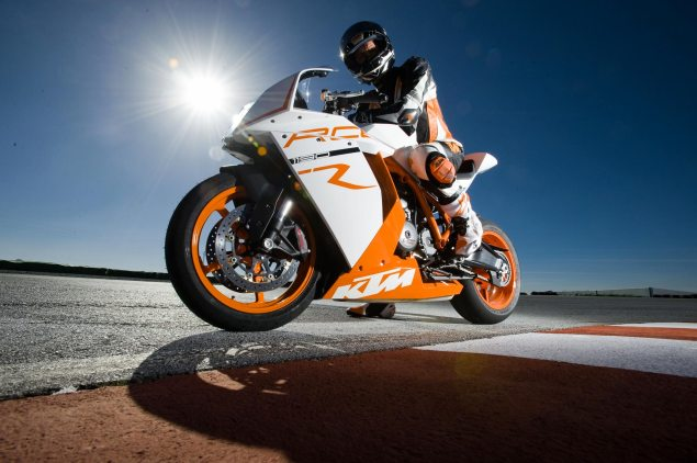 New KTM Superbike Coming in 2012? 2012 KTM Superbike nigh 635x422