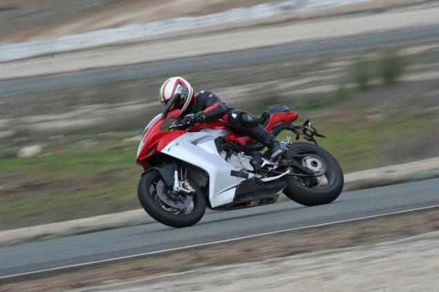 Update on the MV Agusta F3   Available Fall 2011 MV Agusta F3 testing 635x422