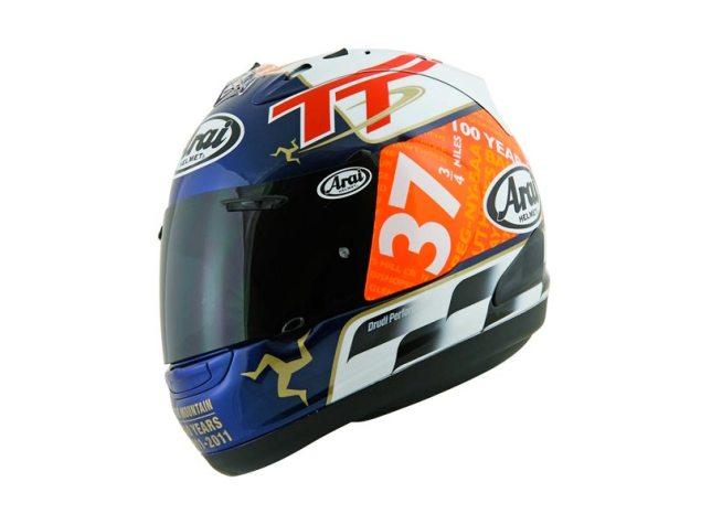 Arai RX 7 GP IOMTT Helmet Replica Helmet by Aldo Drudi Arai RX7 Isle of Man TT 2011 635x476