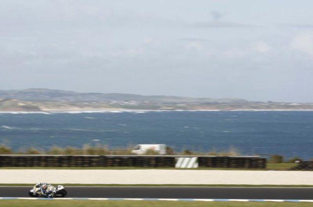 Dorna Blinks   Australian GP to Remain in October Hiroshi Aoyama Phillip Island 635x421