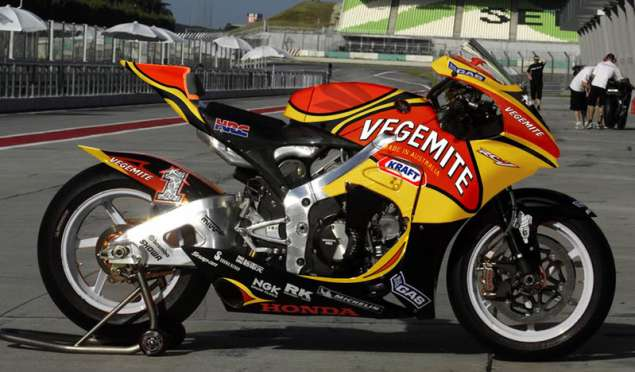 The Vegemite Honda RC212V by Morgan Driessen Honda RC212V Vegemite Morgan Driessen 635x372