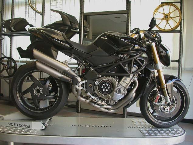 Moto Corse MV Agusta Brutale 1133 Evo CA Moto Corse MV Agusta Brutale 1133 EVO CA 15 635x476