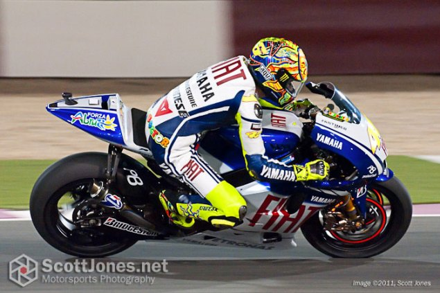 Photo of the Week: Sunday Night Lights Valentino Ross Qatar GP Yamaha Scott Jones 635x423