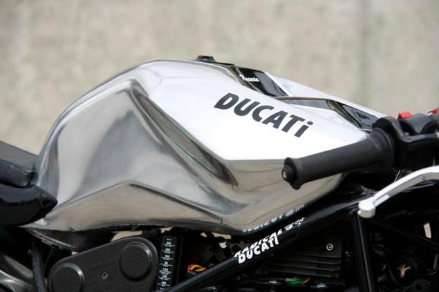 Radical Ducati Raceric Radical Ducati Raceric 2 635x423