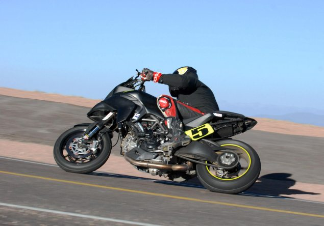 PPIHC: Rookie Carlin Dunne Surprises with Pole Position PPIHC Carlin Dunne Santa Barbara Ducati 635x444