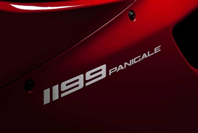 2012 Ducati 1199 Panigale   195hp / 395 lbs (Base) 2012 Ducati 1199 Panigale 635x428