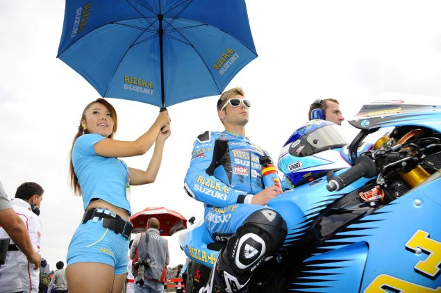Suzuki MotoGP Decision Expected at Phillip Island Alvaro Bautista Japanese GP Rizla Suzuki pit 635x422