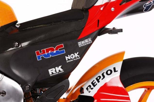 2012 Honda RC213V Debuts in Malaysia 2012 Honda RC213V 02 635x421