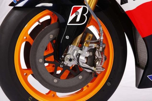 2012 Honda RC213V Debuts in Malaysia 2012 Honda RC213V 04 635x421