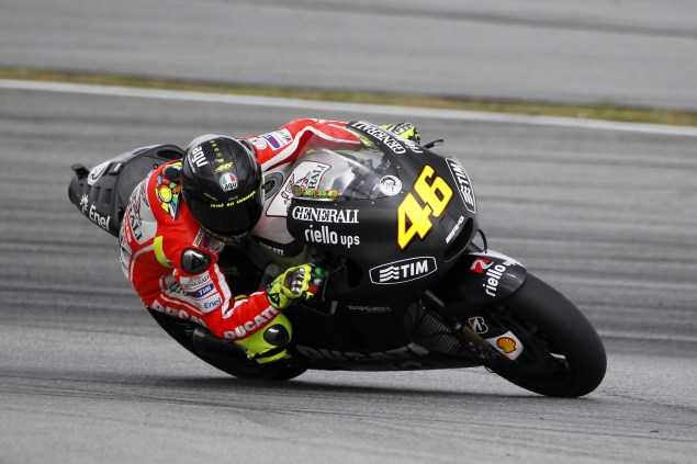 AGV, Please Make This Helmet! Ducati Corse Sepang Test Valentino Rossi 04 635x423