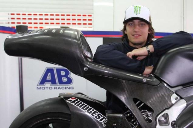 Karel Abraham Releases Ducati Desmosedici GP12 Details: 999cc, 250hp, & 360 km/h Top Speed Karel Abraham Ducati Desmosedici GP12 Valencia test 11 635x423
