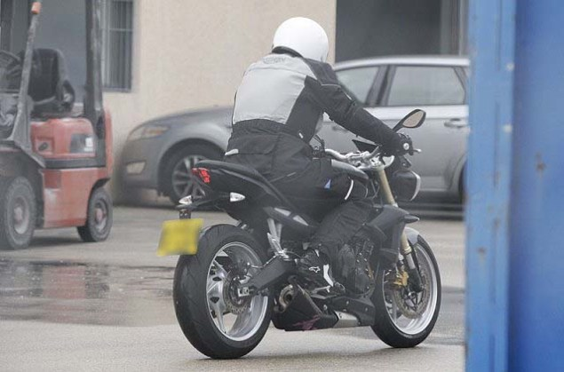 Spy Photos: 2013 Triumph Street Triple 2013 Triumph Street Triple spy photos 051 635x419
