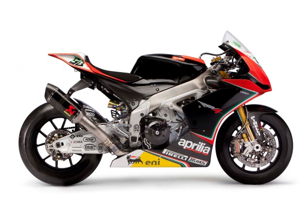14 Photos of the 2012 World Superbike Spec Aprilia RSV4 Aprilia Racing WSBK team RSV4 13 635x444