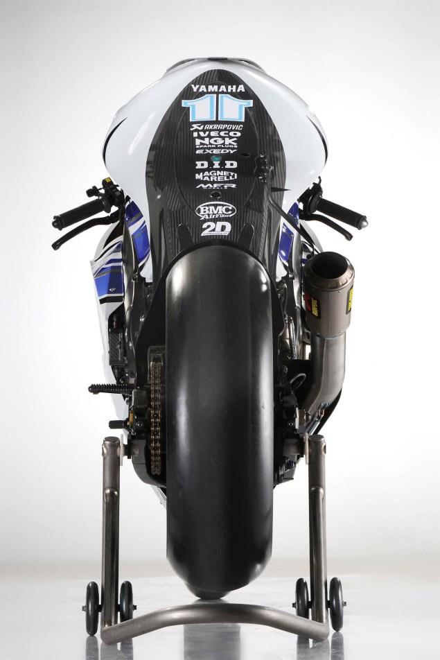 2012 Yamaha YZR M1 Breaks Cover at Jerez 2012 Yamaha YZR M1 12 635x952