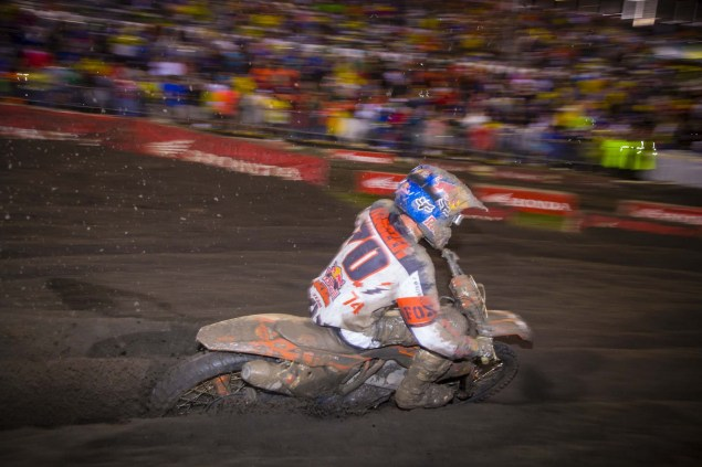 Photos: The Mud of SX at Daytona AMA Supercross SX Daytona mud KTM 02 635x423