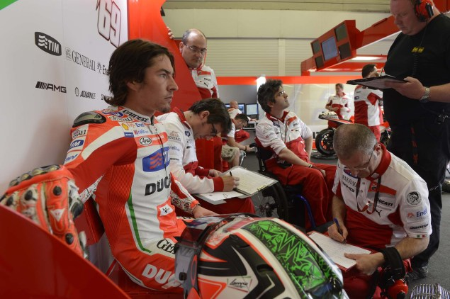 MotoGP: Testing at Jerez Provides Few Surprises Ducati Corse Jerez MotoGP test 2012 29 635x422