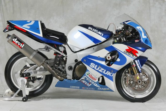 Photos: 33 Years of Suzuki Endurance Road Racing Suzuki GSXR 750 2001 635x424