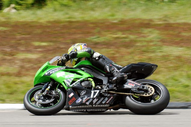 Did Kawasaki Just Enter TT Zero Without Anyone Noticing? James Hillier Bournemouth Kawasaki 2011 Isle of Man TT 635x423