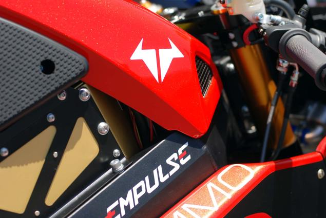 Dont Call It Vaporware   Brammo Empulse Coming May 8th brammo empulse rr laguna seca 11 635x425